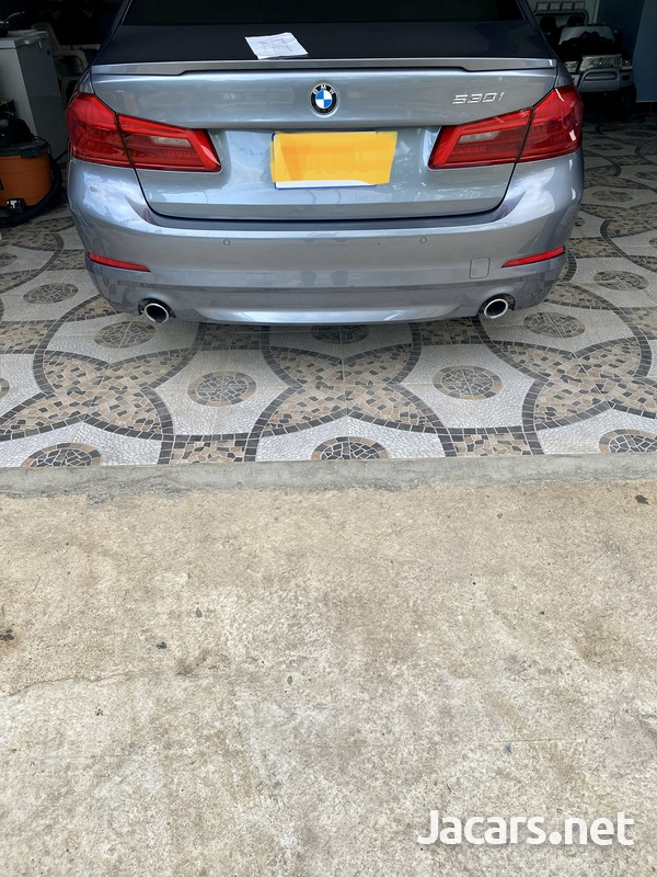 BMW 5-Series 2,0L 2017-7