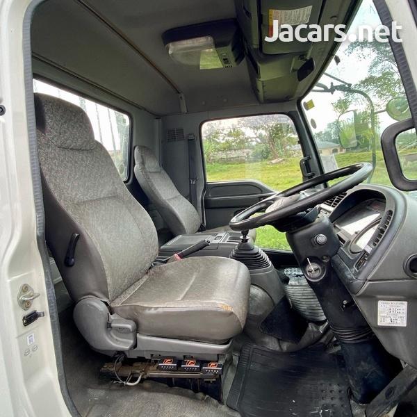 2005 Isuzu Forward Truck-7
