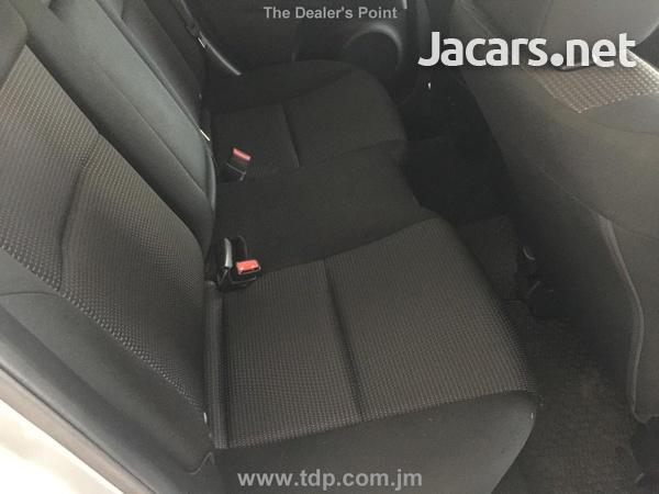 Mazda Axela 1,5L 2013-8