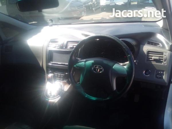 Toyota Mark X 2,0L 2011-11