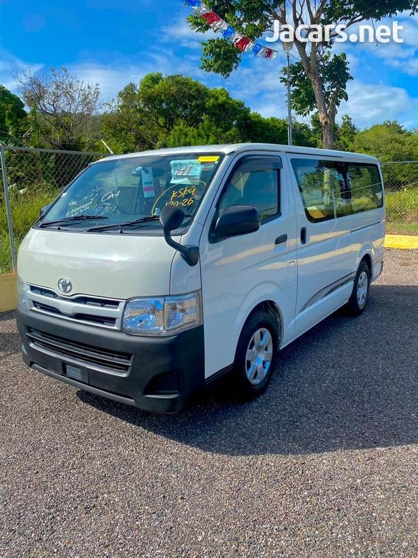 Toyota Hiace 2,5L 2012-1