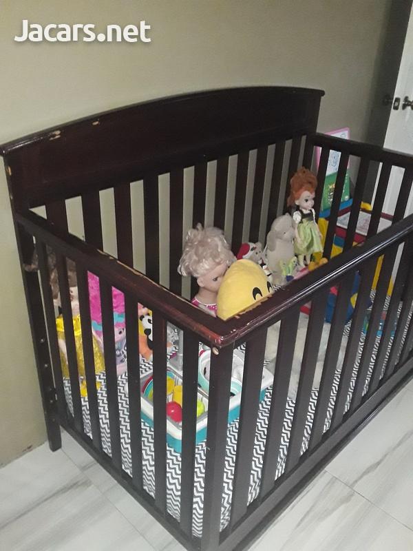 Delta Crib and Sealy Mattress-3