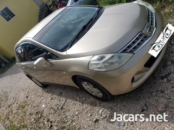Nissan Tiida 1,5L 2009-7