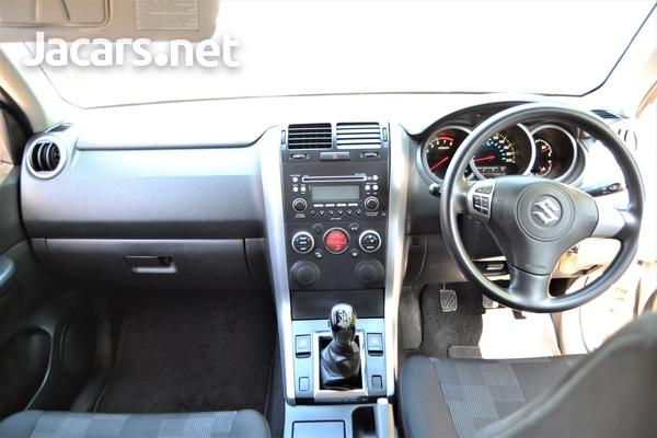 Suzuki Grand Vitara 1,5L 2012-6