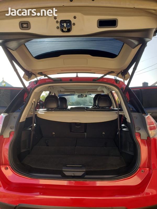 Nissan X-Trail 2,0L 2015-6