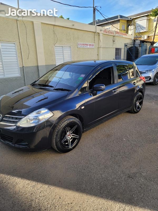 Nissan Tiida 1,8L 2011-1
