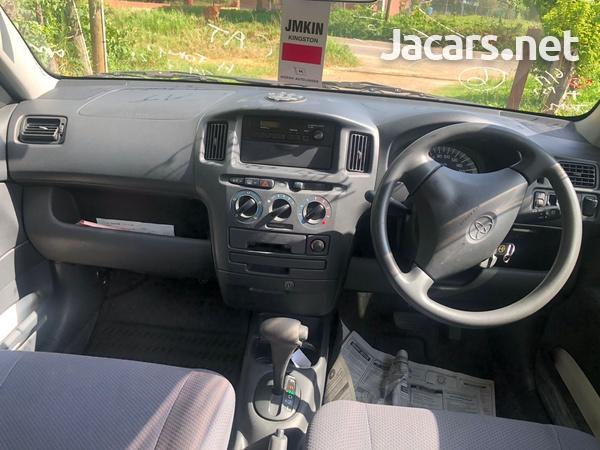 Toyota Probox 1,5L 2012-9