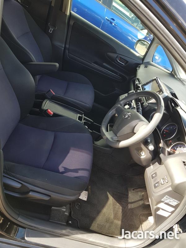 Toyota Wish 1,8L 2015-7