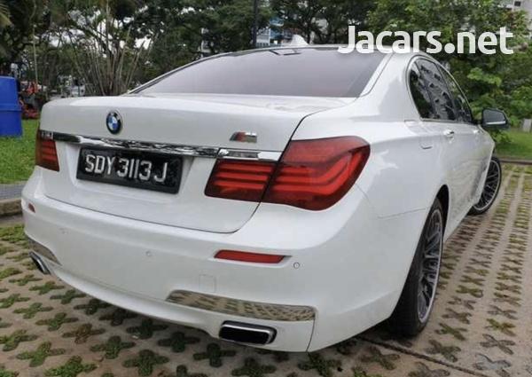 BMW 7-Series 3,0L 2013-2
