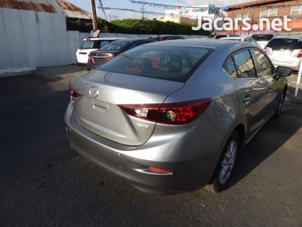 Mazda 3 1,5L 2016-4