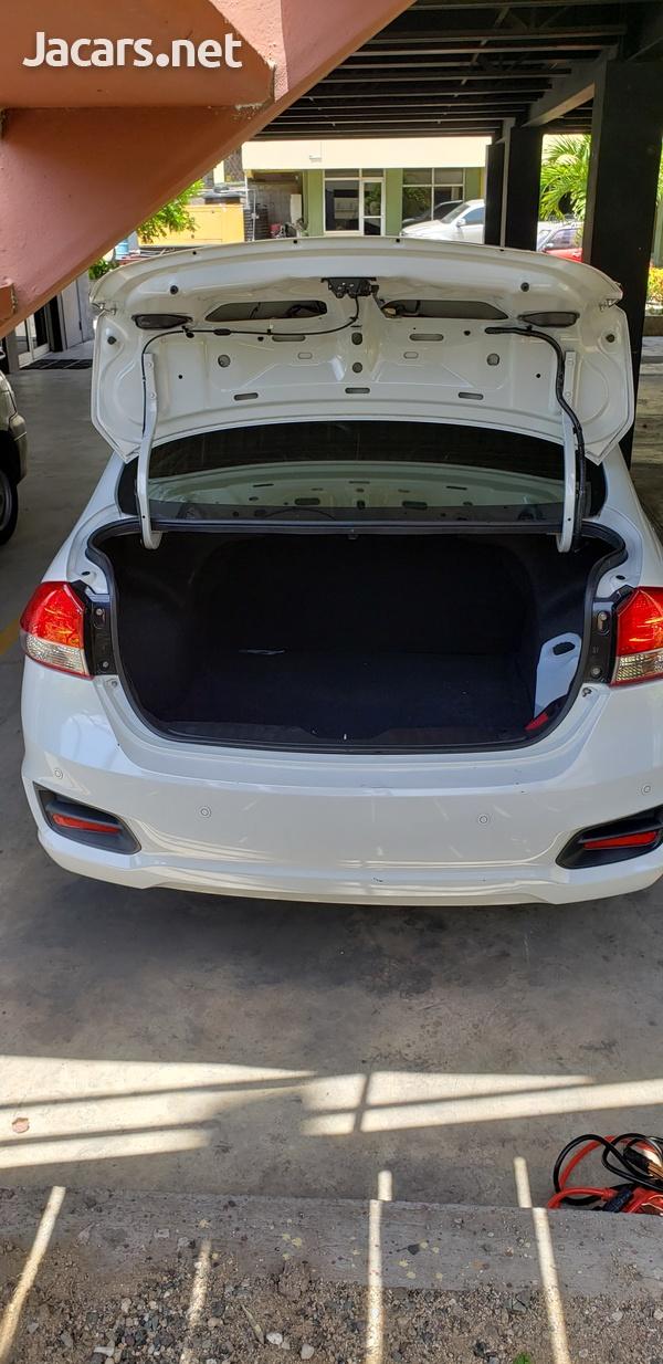 Suzuki Ciaz 1,4L 2016-5