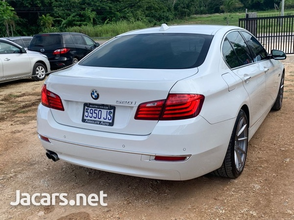 BMW 5-Series 2,0L 2015-7