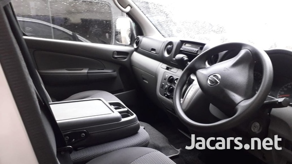 2014 Nissan Carvan-3