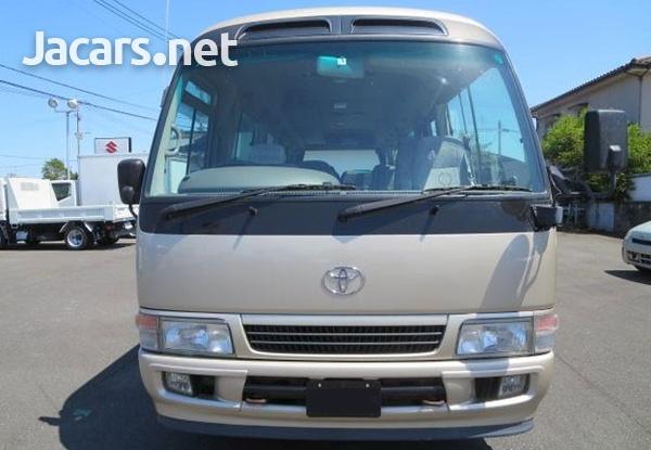 2006 Toyota Coaster Bus 4,0L-8