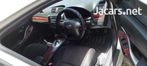 Toyota Corolla 1,5L 2012-3