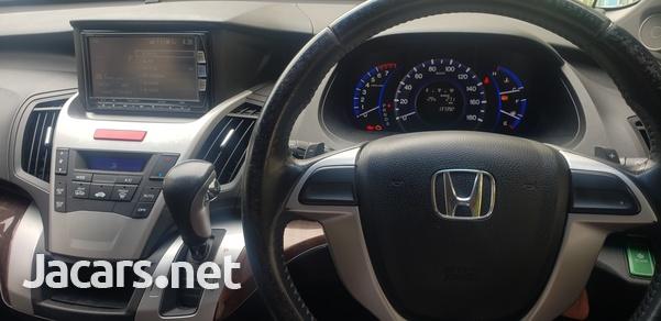 Honda Odyssey 2,3L 2013-8