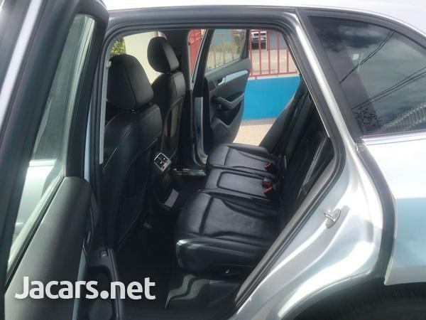 Audi Q5 2,0L 2013-6