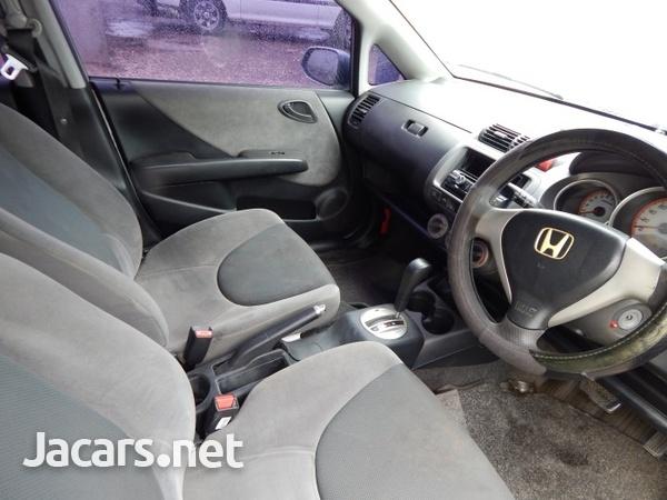 Honda Fit 1,5L 2005-5