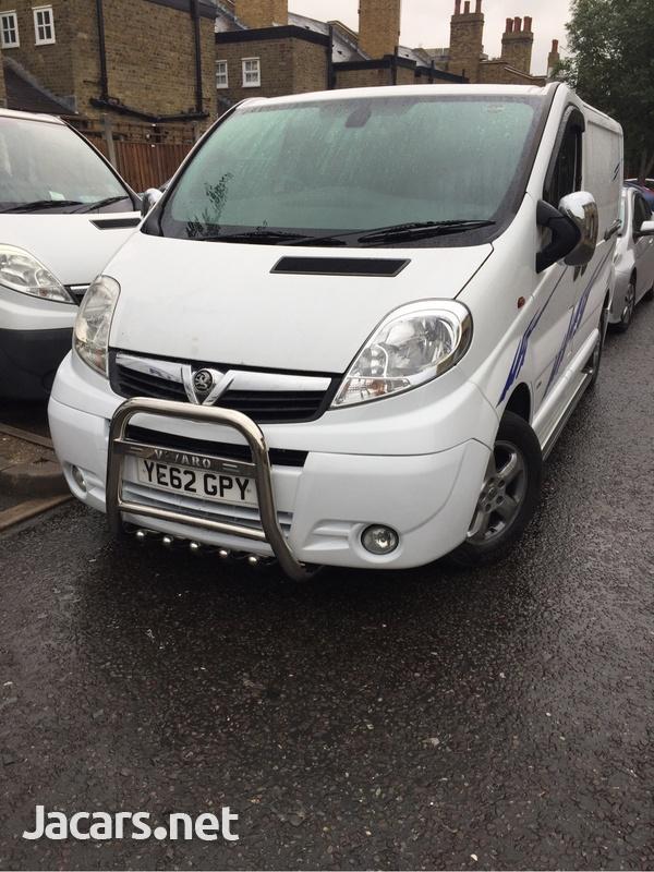 Vauxhall Vivaro 2013-4
