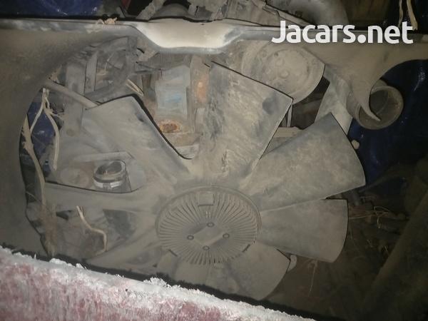 Dt466e engine-1