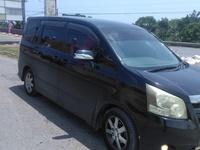 Toyota Noah 2,0L 2009