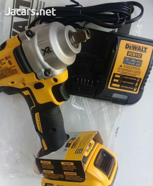 DEWALT 20 Volt Impact Wrench-1
