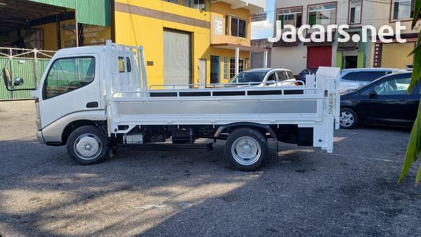 Hino Dutro Truck 2006-4