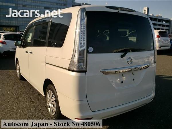 Nissan Serena 2,0L 2014-2