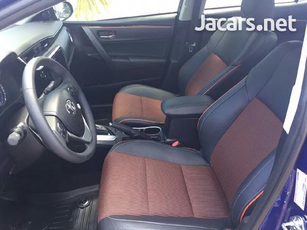 Toyota Corolla 1,8L 2018-8