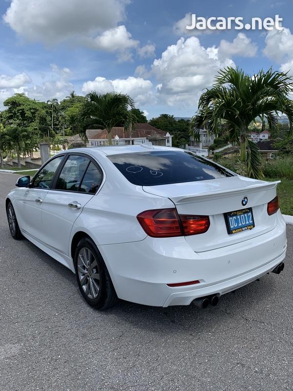 BMW 3-Series 2,0L 2012-11