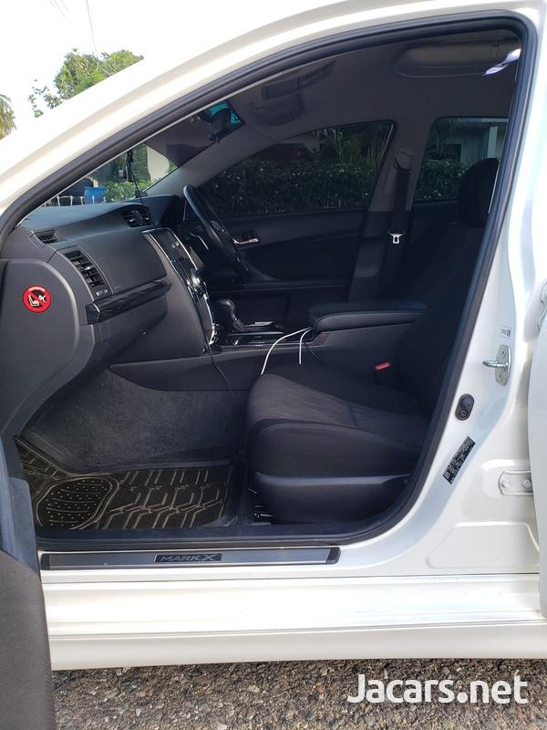 Toyota Mark X 3,5L 2011-10
