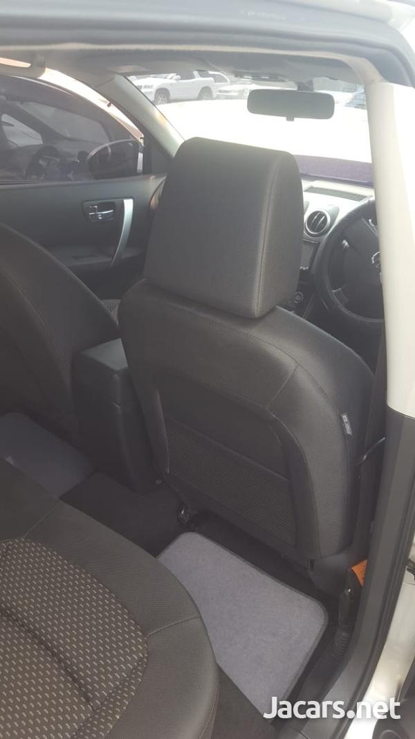 Nissan Dualis 2,0L 2009-6