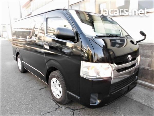 Toyota Regiusace / Hiace Van 3.0L 2014-1
