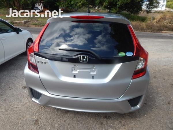Honda Fit 2,0L 2016-5