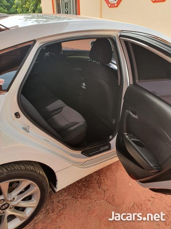 Hyundai i40 1,7L 2015-5