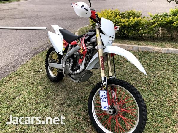 2005 honda CRF 450x Dual Sport Dirt Bike-3