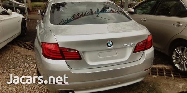 BMW 5-Series 3,0L 2011-8