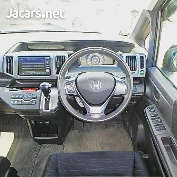 Honda Stepwgn 1,5L 2012-2