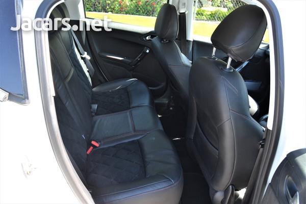 Peugeot 207 1,6L 2014-8
