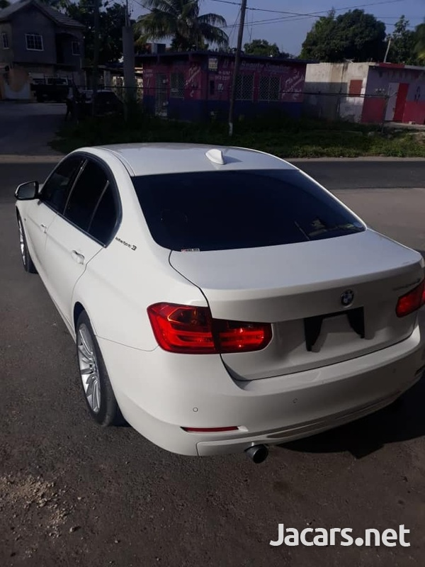 BMW 3-Series 3,0L 2015-4