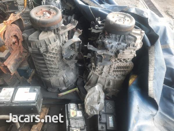 2x Isuzu 6 Speed Gearboxes
