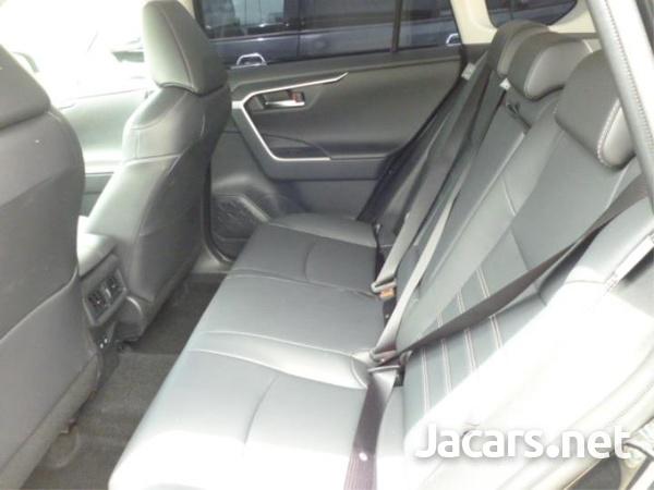 Toyota RAV4 1,9L 2020-3