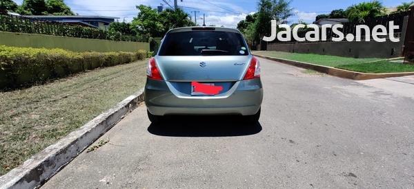 Suzuki Swift 1,3L 2013-4