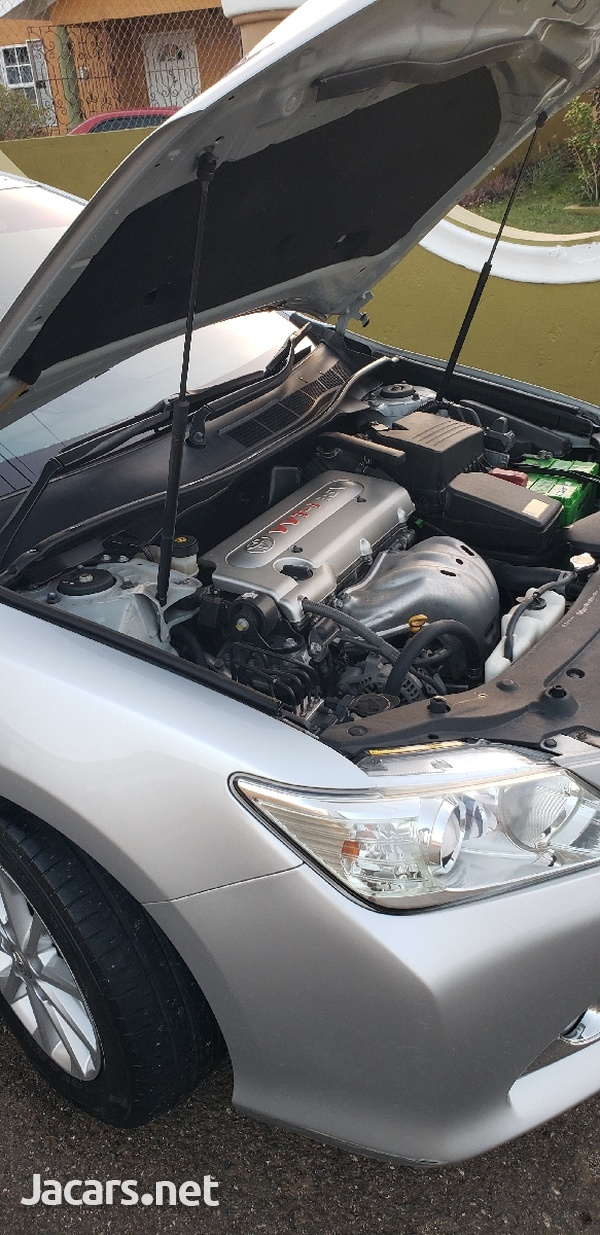 Toyota Camry 2,0L 2013-6
