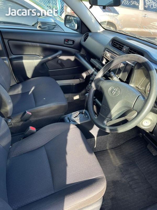 Toyota Probox 1,5L 2016-15