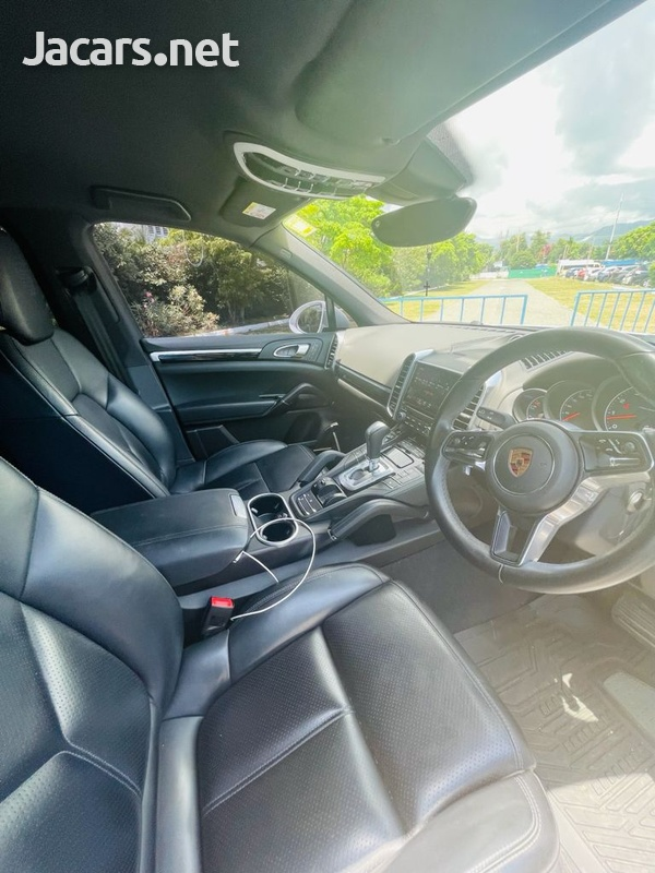 Porsche Cayenne 3,6L 2018-13