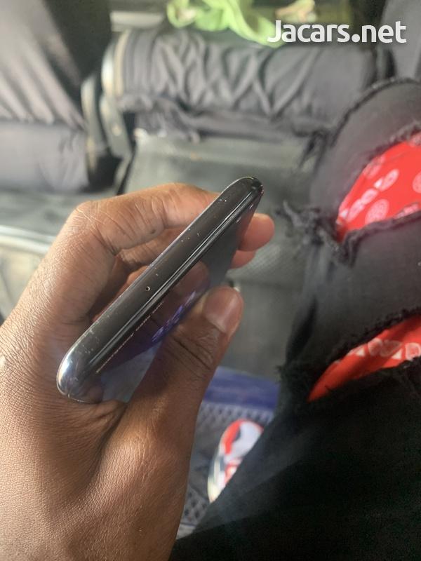 Samsung A50 negotiable-3