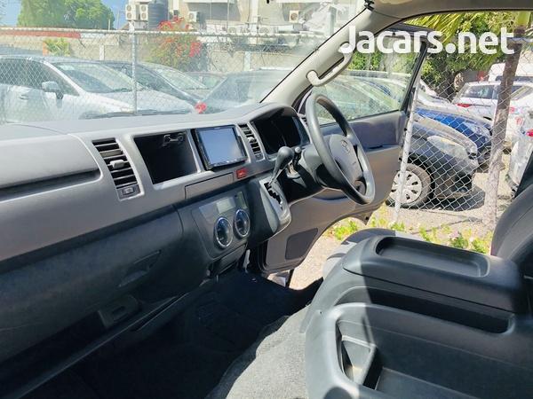 2013 Toyota Hiace Super GL-10