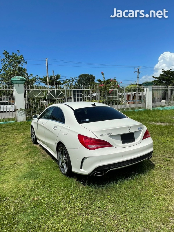 Mercedes-Benz CLA-Class 2,0L 2017-3
