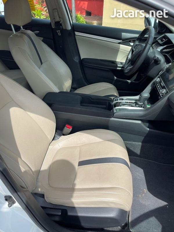 Honda Civic 1,5L 2016-7